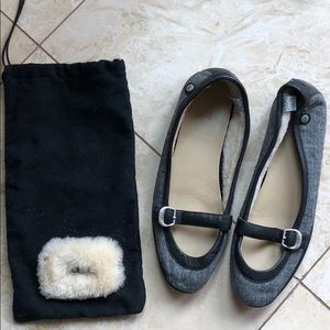 Ugg leather flat w/sheepskin lining